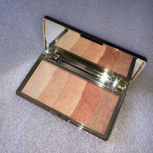 Touch in SOL face palette (bronze, highlighter)